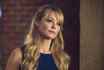 11.arrow Lost in the Flood-donna smoak