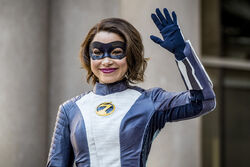 13.The Flash-Nora-XS