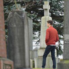 <b>Barry dans un cimetière!!!!</b>