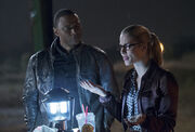 The-flash-vs-arrow-episode-crossover-diggle