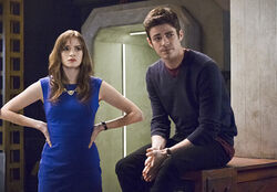 6.The Flash.Eleven-Fifty-Nine Barry et Caitlin