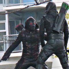 Green Arrow contre son double de Terre X