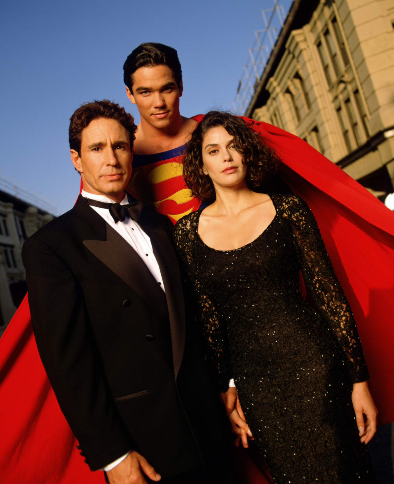 Smallville Season 4 Cast: Image - Cast-lois-and-clark-162494 1564 1920.jpg