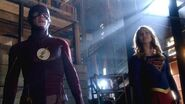 Supergirl - World's Finest The Flash Crossover