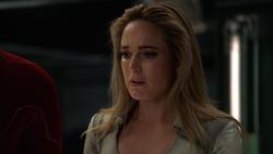 Sara após a morte de Oliver