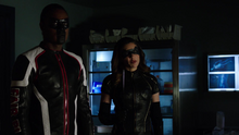 Hallucinations of Black Canary and Mister Terrific