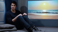 Ray Palmer in his quarters on the Waverider