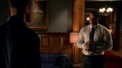 Diggle realizes Oliver is different