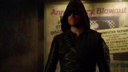 Novo traje de Arqueiro do Oliver