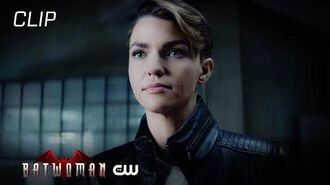Batwoman Season 1 Episode 14 Mary Tries To Offer Kate Help Scene The CW