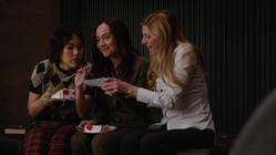 Nora bonds with Mona and Ava