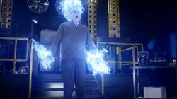 Martin ardiendo en llamas azules