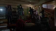 Team Arrow confronts Lonnie Machin