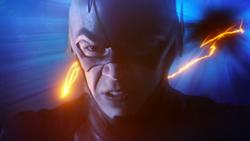 Flash corriendo por la Fuerza de la Velocidad