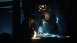 Lex y Ryan tratan de costruir un teletransportador
