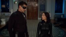 Elongated Man and Sue Dibny about to battle Utraviolet