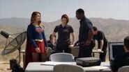 SUPERGIRL 1x02 Clip 4 - Stronger Together (2015) Melissa Benoist, CBS HD