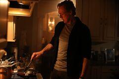 Jason cocina los organos de la Cosa del Pantano