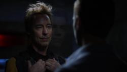 Barry confrontando Eobard em 2049