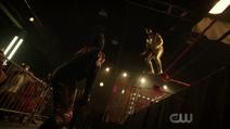 Lobo enfrentando El Cura
