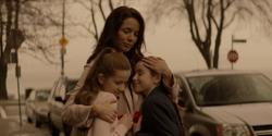 Gabi Kane con sus hijas