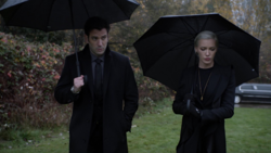 Laurel and Tommy at Oliver's funeral