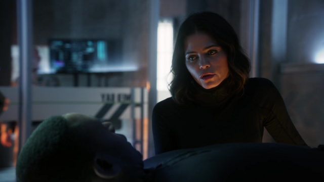 File:Lucy and J'onn.png