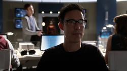 Eobard suspicous of future Barry