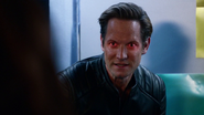 Lightning flickering in Eobard's eyes