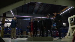 The Scientist - Barry con Felicity, Quentin, Diggle y Oliver