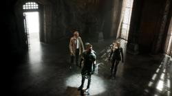 Constantine, Oliver y Laurel en el otro lado (Haunted)