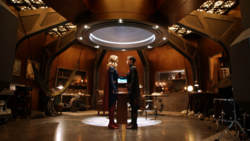 Kate stands up to Kara