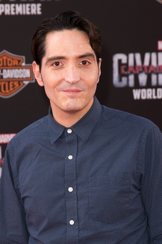 File:David Dastmalchian.png