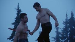The Climb - Ra's apuñala a Oliver