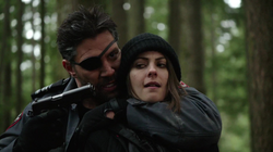 Slade threatens Thea