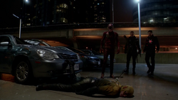 Rogue Air - Flash, Firestorm y Arrow derrotan a Flash-Reverso