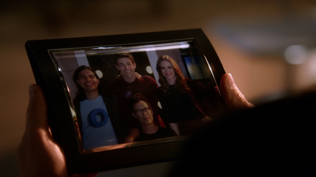 File:Photograph of Barry Allen's team.png