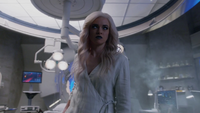 Killer Frost attacks Julian, Cisco and HR