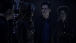 William convinces the others to help figure out what happened to Felicity