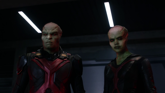 File:J'onn and M'gann stand up against Armek.png