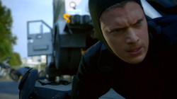 Snart during a robbery