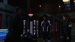 The Outsiders reconcile with Diggle