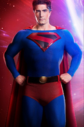 Crisis on Infinite Earths - Brandon Routh as Superman first look 1