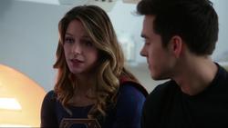 Kara talks to Mon-El