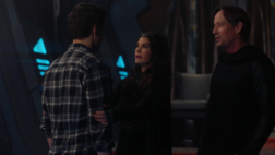 Mon-El reunited with his parents
