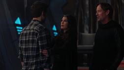 Mon-El reunited with his parents