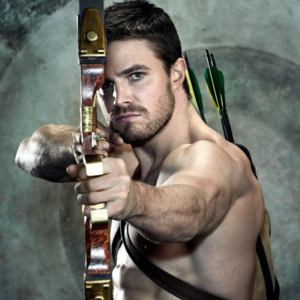 Oliver Queen S Bows Arrowverse Wiki Fandom