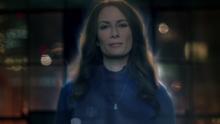 O holograma de Alura falando com Kara