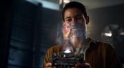 Wally odsłuchuje hologram od Jesse z zerwaniem