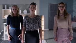 Eve, Lena and Kara team-ups against Mercy